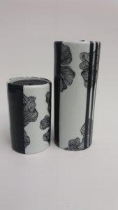 peinture-sur-porcelaine-atelier-du-pivert-bougeoirs-noir-blanc