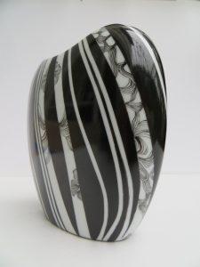 peinture-sur-porcelaine-atelier-du-pivert-vase-collection-NVariations