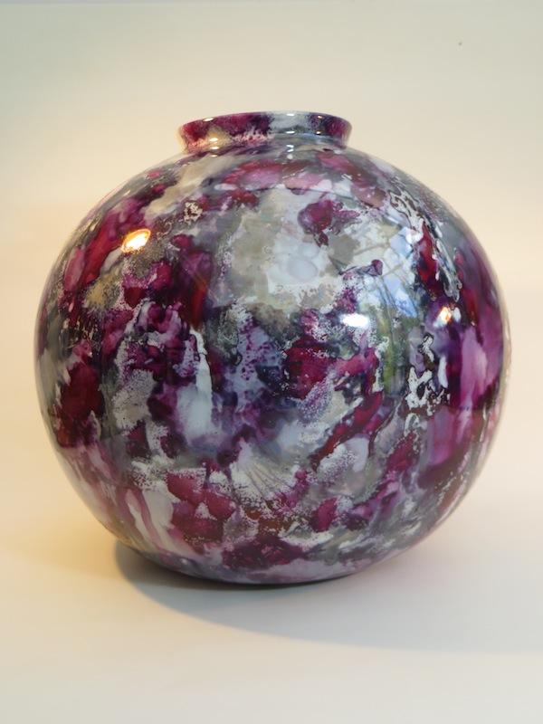 peinture-sur-porcelaine-atelier-du-pivert-vase-boule-collection-jeux-ambre